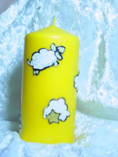 Kerze mit Schäfchen