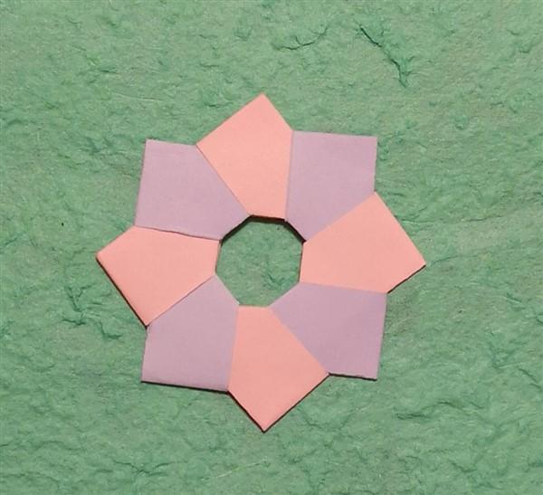 Kleiner Origamikranz - Faltanleitung