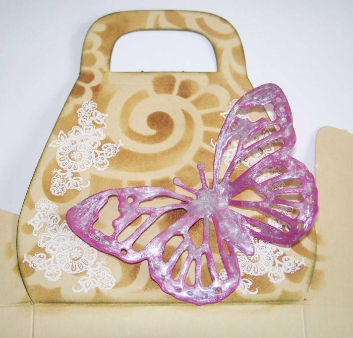 Geschenktasche mit Schmetterling selber machen