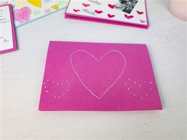 Karte zum Valentinstag - Herz sticken