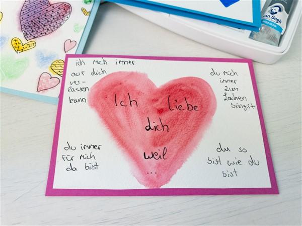 Valentinstagskarte basteln mit Aquarellfarbe
