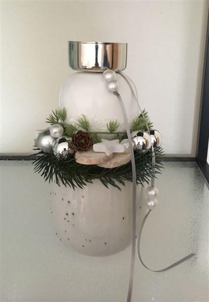 Weihnachtsgesteck Schnee-Apfel