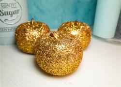 DIY Deko Glitteräpfel in Gold