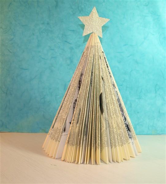 Weihnachtsbaum Aus Einem Alten Buch Basteln Bastelfrau