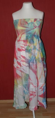 Kleid in Sprühbatik