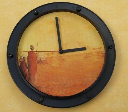 Uhr in Serviettentechnik