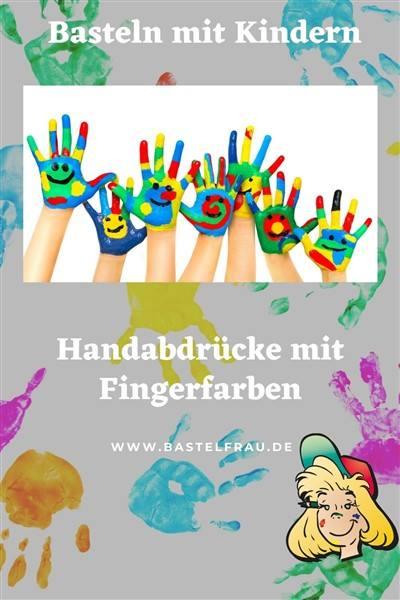 Handabdrücke mit Fingerfarben