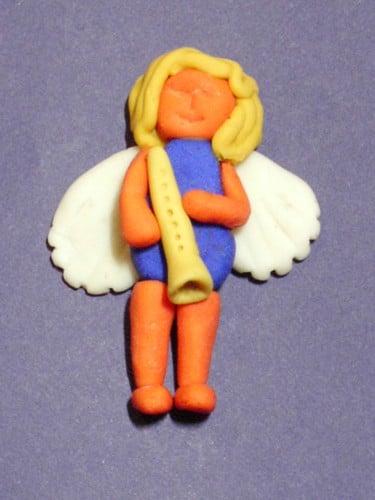 Engel aus Kaltporzellan