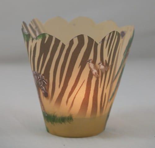 Teelichthüllen für eine afrikanische Tischdekoration