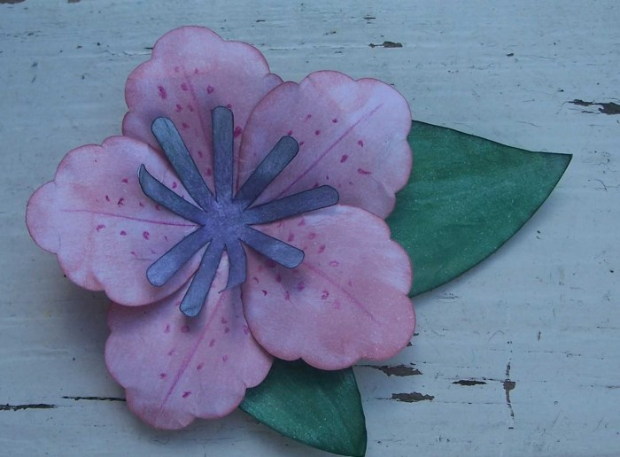 Blumen basteln aus Papier - Azalee