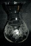 Gravierte Vase