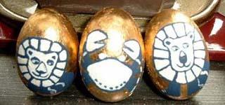 Eier mit Schlagmetall