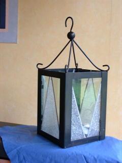 Laterne mit Flimmerkristalleis