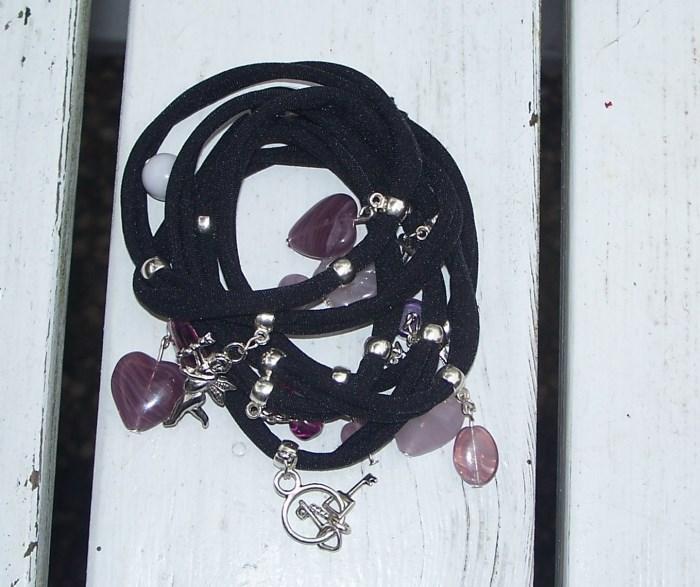 Schwarzes Lycra-Armband