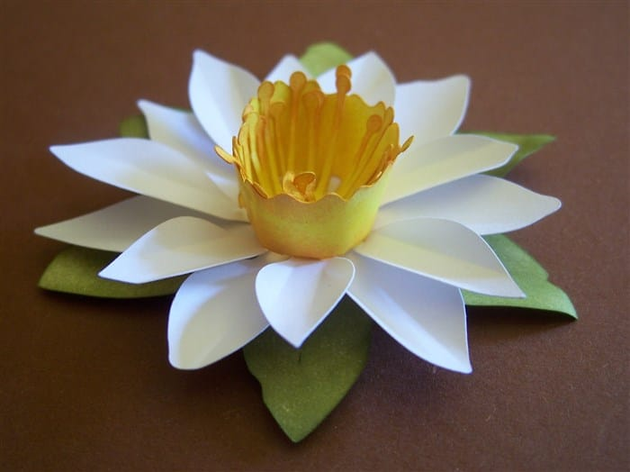 Papierblumen basteln - Narzisse