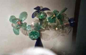 Blumen aus Petflaschen