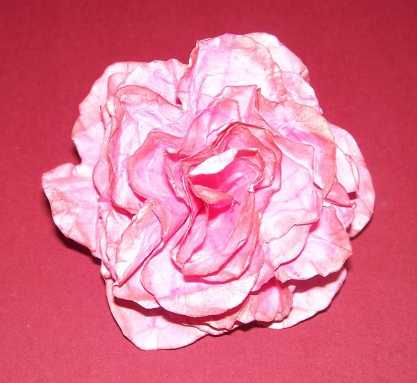 Papierrose aus Druckerpapier