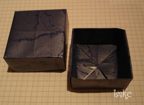 Schachtel falten - mit Bilderanleitung