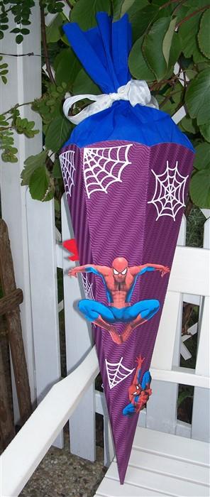 Schultütet mit Spiderman