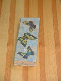 Stiftedose mit Schmetterlingen