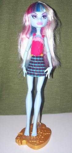 Kleider für Monster High Puppen - aus Klebeband