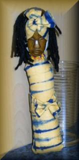 Afrikanische Puppe