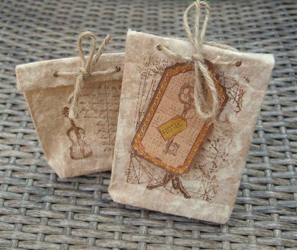Geschenktüten falten - aus Tetrapack-Papier