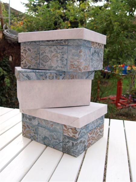 Ikea Kisten mit Tapetenresten Upcycling