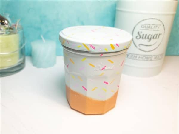DIY Donut-Deko: Upcycling mit Einmachgläsern