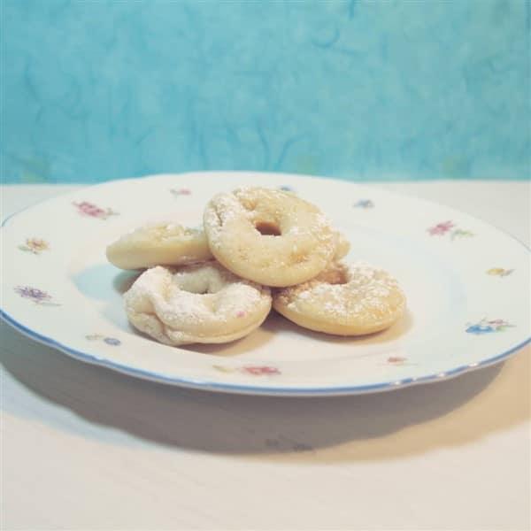 Mini Donuts aus dem Donutmaker mit Quark-Öl-Teig