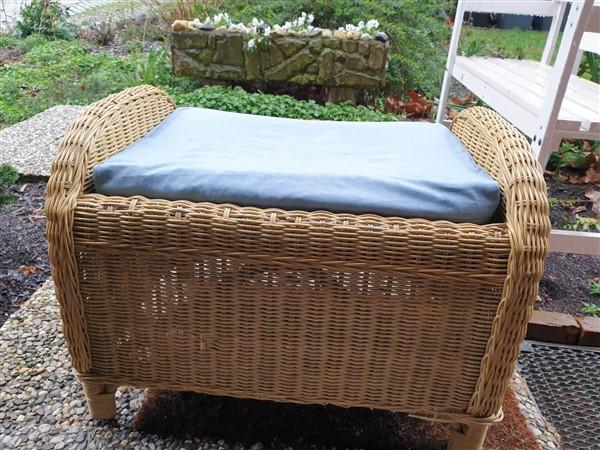 DIY Sitzkissen – neue Gartenmöbel aus alten Wohnzimmermöbeln