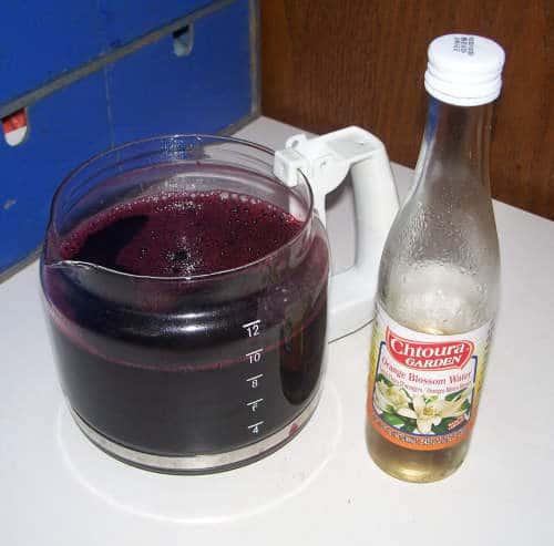 Bissap mit Orangeblütenwasser
