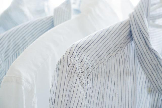 Blusen und Hemden ausbessern