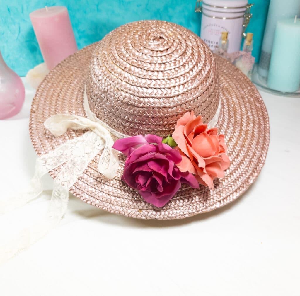 Sommer DIY: Strohhut umgestalten