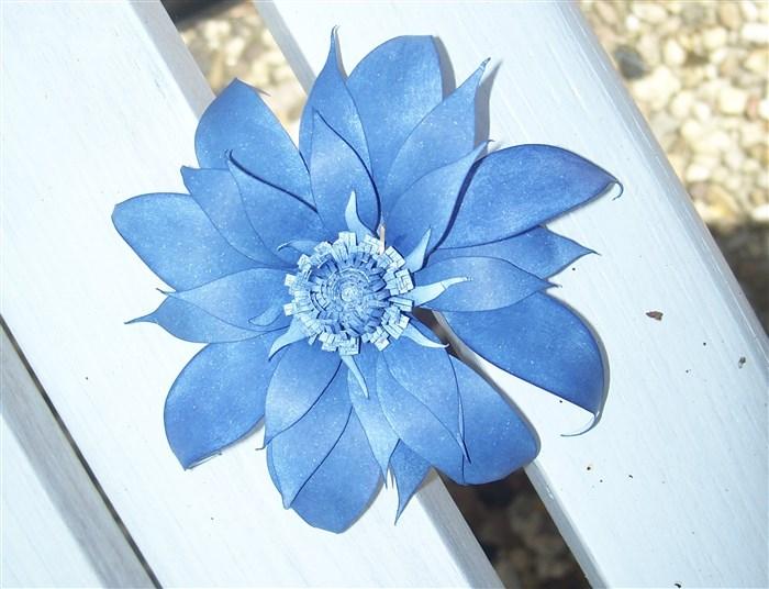Blumen basteln aus Druckerpapier