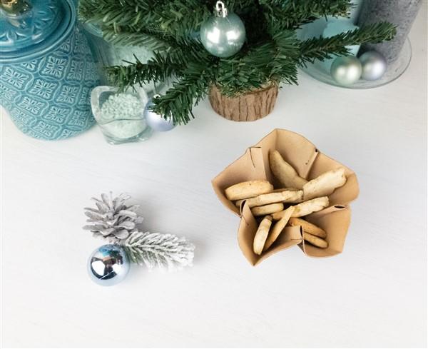 Weihnachts-DIY: Stern-Plätzchenschale aus Kork nähen