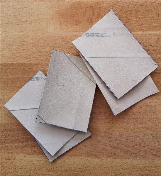 Untergrund für ATCs aus Toilettenpapierkern