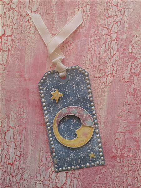 Anhänger mit Mond und Sternen für ein Babygeschenk