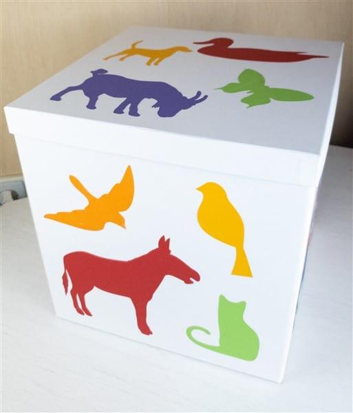 Ikea Hack: TJENA Kasten als Geschenkverpackung
