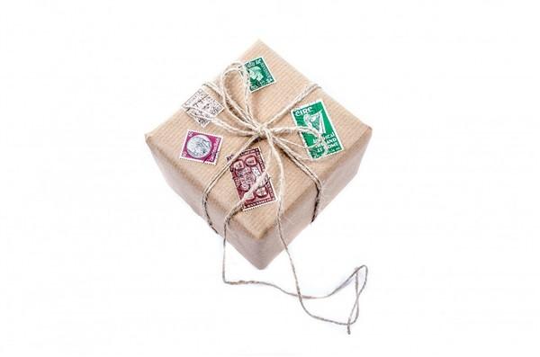 3 Tipps wie du mit deiner Versand-Verpackung bei deinen Kunden glänzen kannst