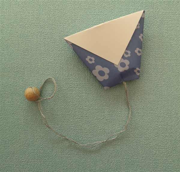 Origami-Becher als Fangspiel