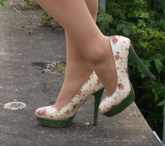 Schuhe selber basteln mit Servietten