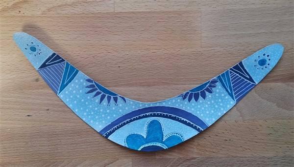 Bumerang blau mit weiß