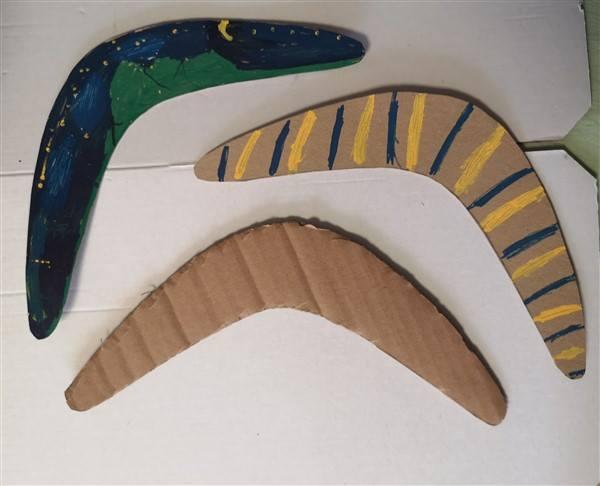 Bumerang aus Karton basteln